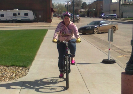 Marna Riding Belle Fourche 2014-05-14